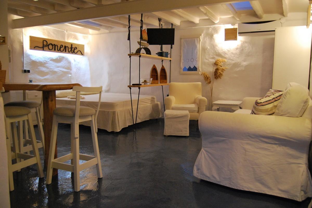 Studio Ponente Syros