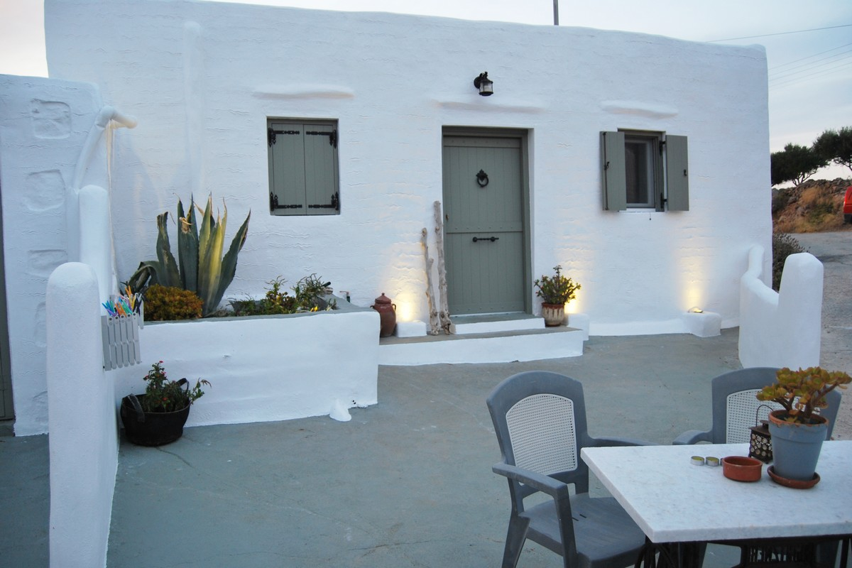 Studio Sirocco Syros